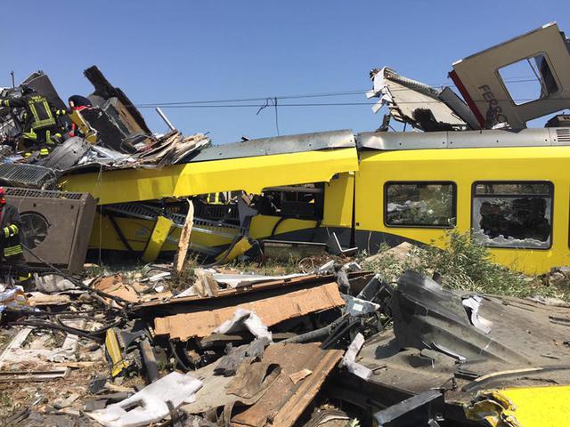 Choque de trenes en Italia 1