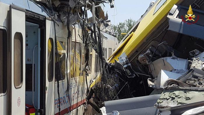 Choque de trenes en Italia 2