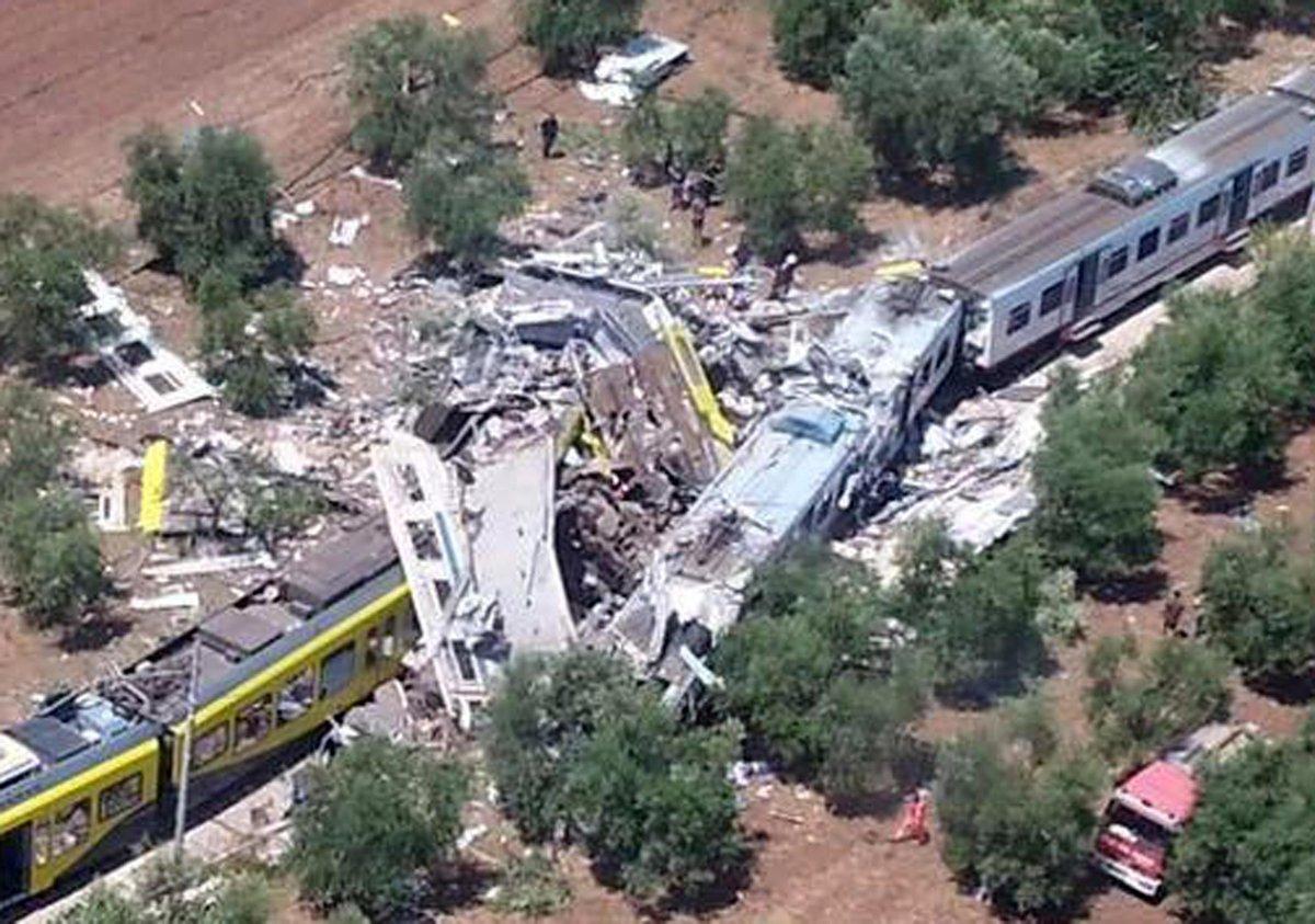 Choque de trenes en Italia 3