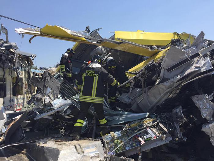 Scontro treni: sindaco Corato; è disastro, come aereo caduto