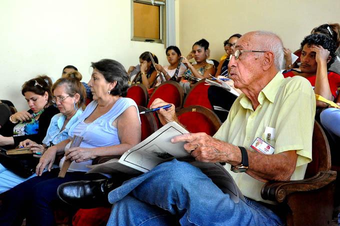 Conceptualización del modelo económico, Prensa Granma