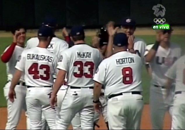 Iguala Estados Unidos tope de béisbol con Cuba