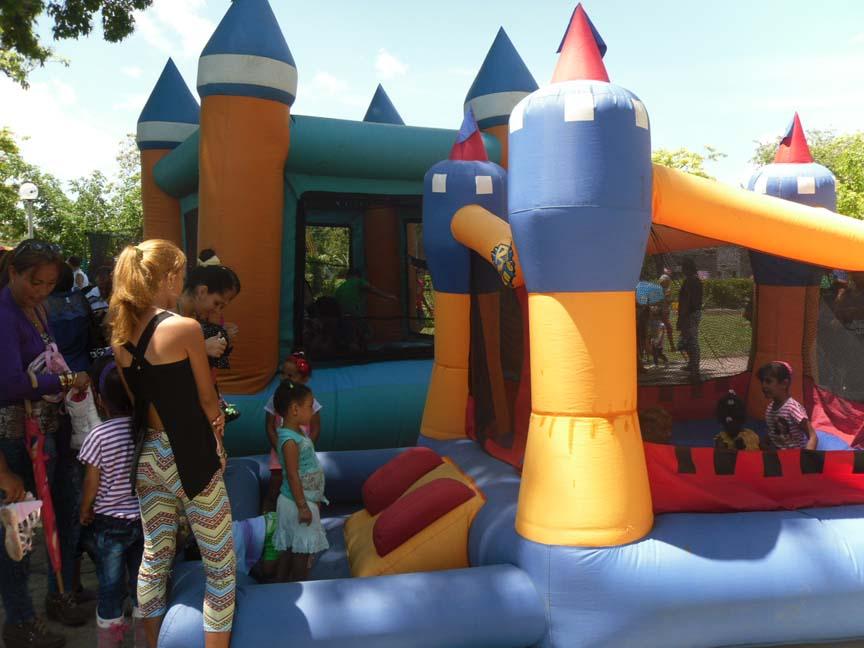 Día de los niños, Manzanillo