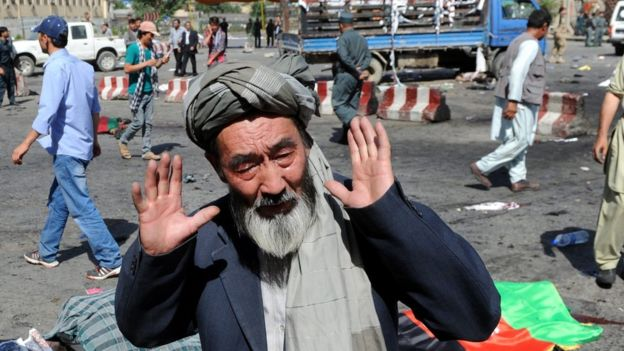 Explosión en Kabul durante una acción de protesta deja más de 60 muertos
