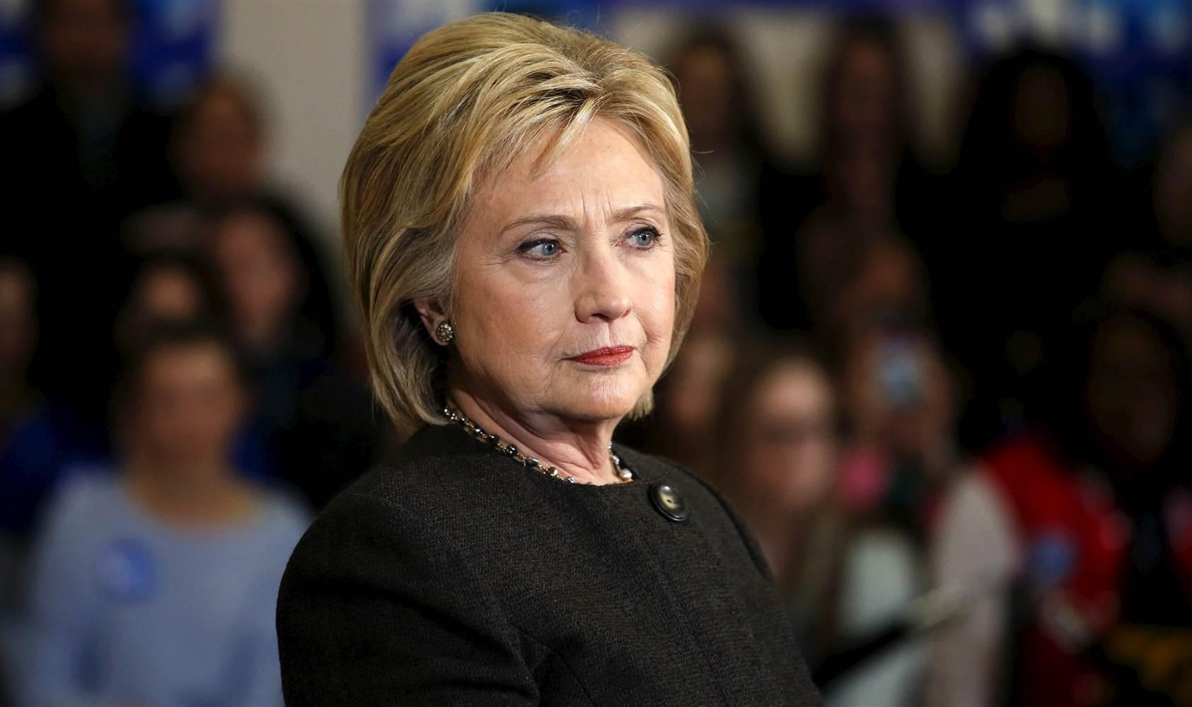 Hillary Clinton necesita el impulso de la convención por su muy bajo nivel de popularidad