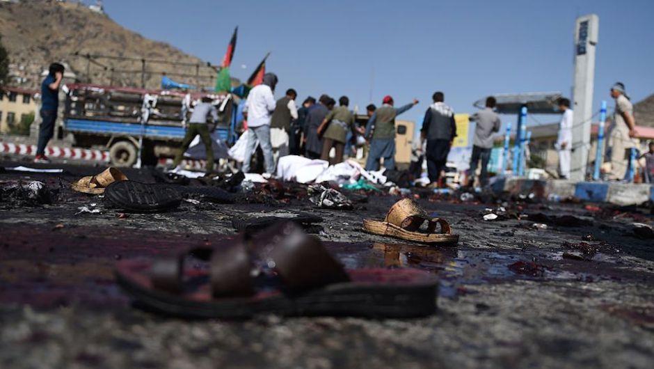 Se elevan a 80 los muertos en el atentado suicida en Kabul