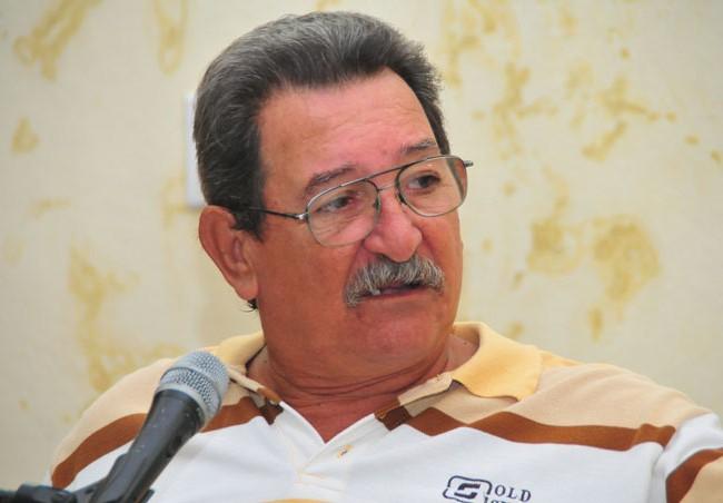 """Luis Carlos Palacios agradeció la invitación a la Peña y expresó """"Yo no puedo vivir sin Bayamo"""", por eso es una de los escenarios más fotografiados por él/Carlos Montejo Matamoros"""