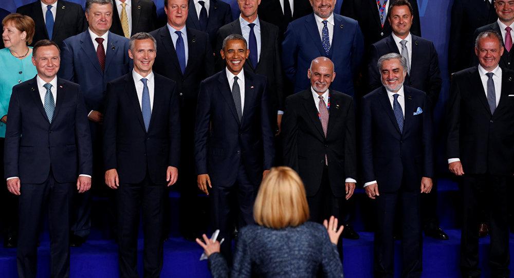 """""""La cumbre en Varsovia: el 'teatro del absurdo' de la OTAN"""""""