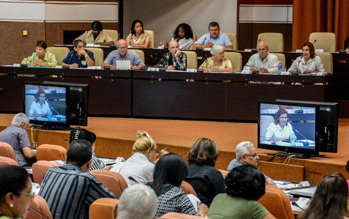 Concluye parlamento cubano período ordinario de sesiones