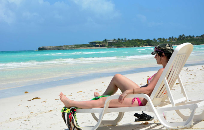 Sigue en ascenso el turismo en Cuba en primer semestre de 2016