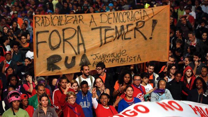 Más del 80 por ciento de brasileños apoyan fuera Temer, según diario