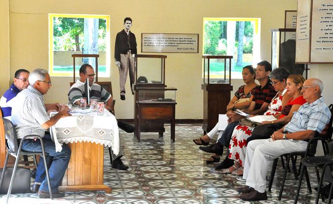 Analizan pensamiento ético-militar de Fidel