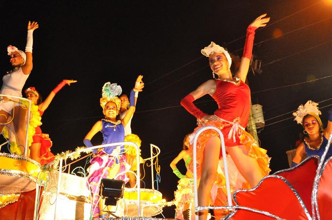 """Espectáculo """"Añejo Cuba"""" abrirá el Carnaval Bayamo 2016"""