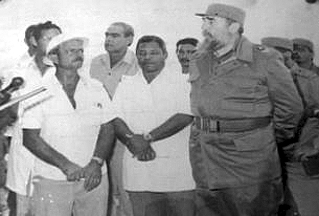 Declaran sitio histórico a institución manzanillera inaugurada por Fidel