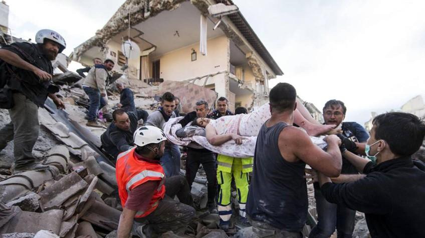 Al menos 120 muertos y 368 heridos tras el terremoto en Italia (+fotos)