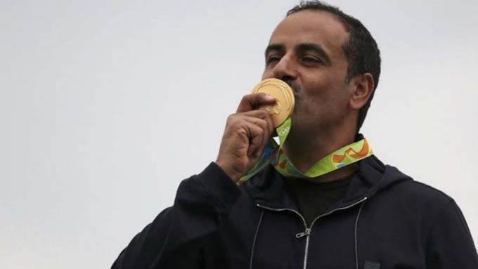 Fehaid Al-Deehani, primer campeón olímpico independiente
