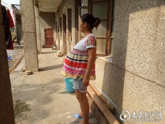 Una mujer china bate el récord mundial con su embarazo de 17 meses