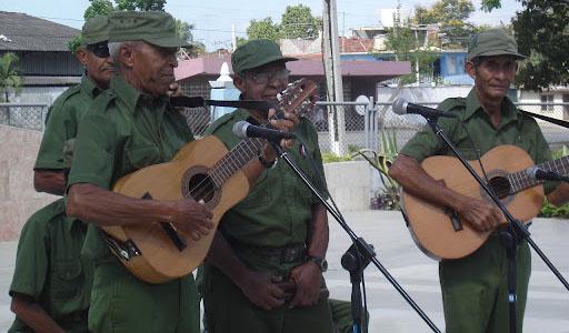 Participará Quinteto Rebelde en festejos por cumpleaño de Fidel