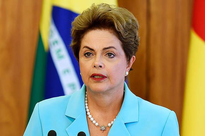 Voy al Senado porque creo en la democracia de Brasil, Rousseff