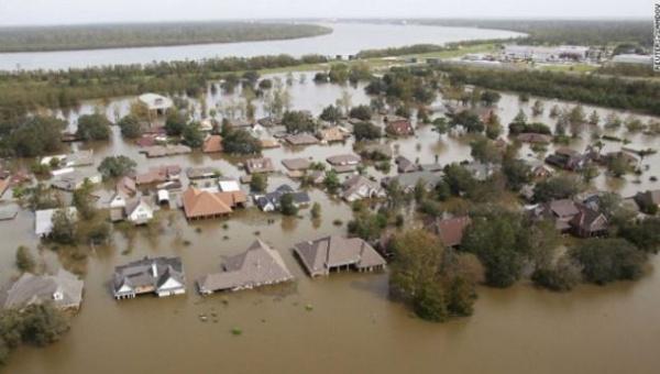 Suman 11 los muertos por inundaciones en Louisiana, EE.UU.