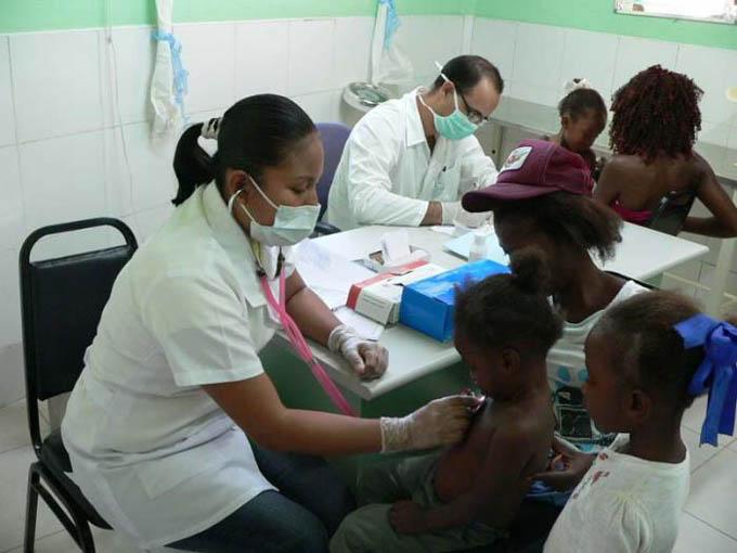 Arabia Saudita y Cuba analizan cooperación bilateral en sector salud