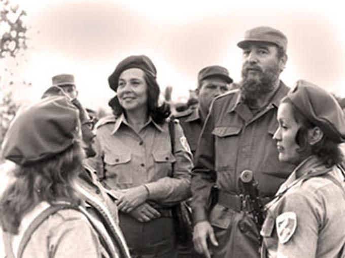 Presentarán mañana libro Mujeres y Revolución, dedicado a Fidel