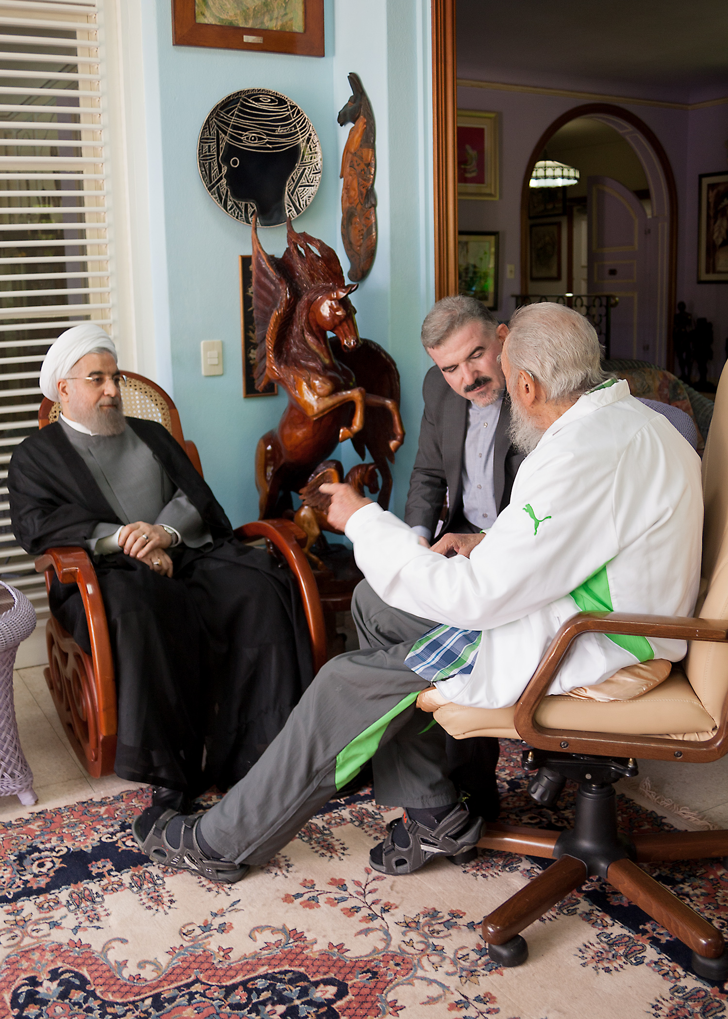 Amistoso encuentro  entre el Presidente de Irán y Fidel