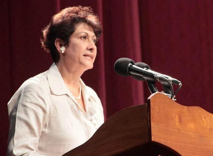 Ena Elsa Velázquez Ministra Educación Cuba