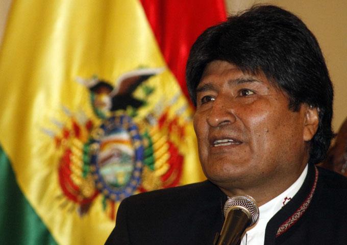 Evo felicita esfuerzos de Cuba y Venezuela por la paz colombiana