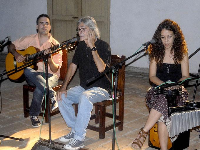 Inició en Bayamo gira del trovador Ireno García