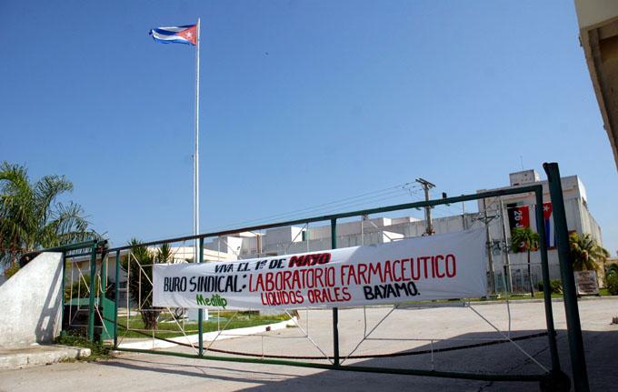 Bloqueo limita producción de medicamentos en Cuba