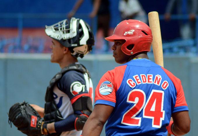 Sube la temperatura en lucha por la clasificación en la temporada beisbolera cubana