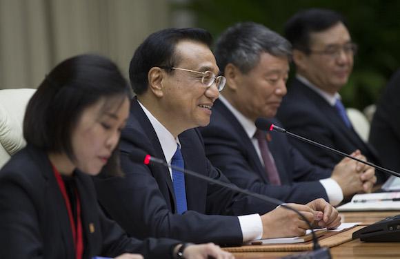 Li Keqiang y Raúl Castro 2