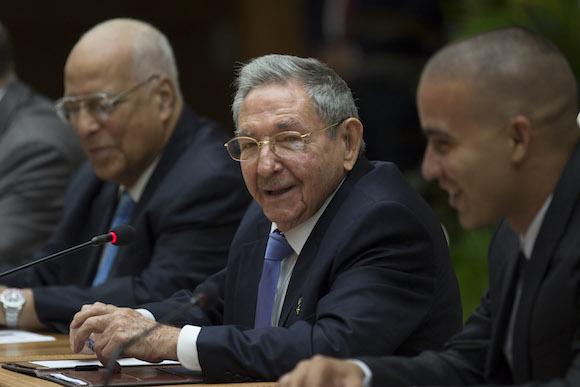 Li Keqiang y Raúl Castro 4
