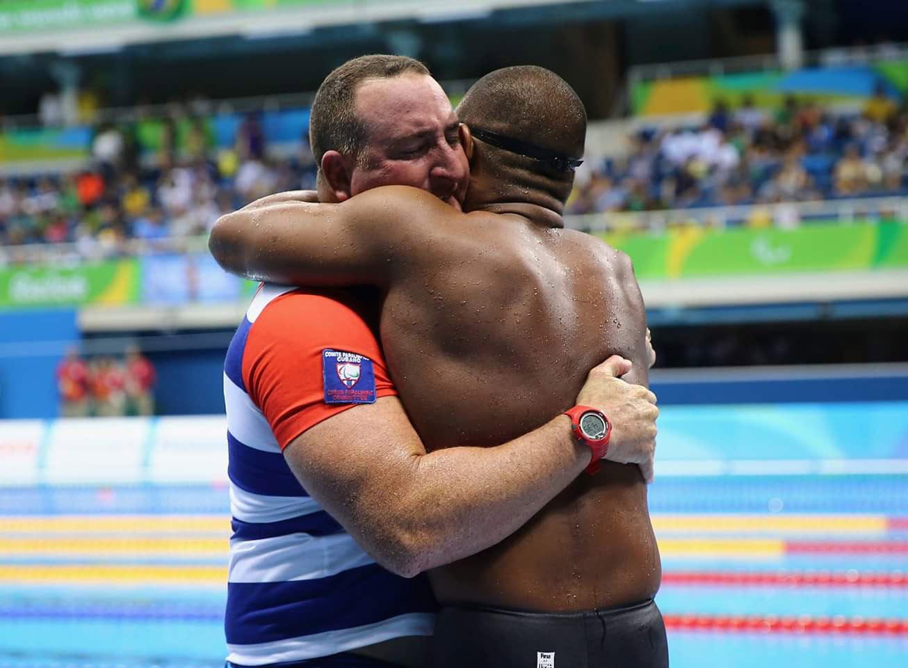 Lorenzo y su entrenador Ernesto Garrido