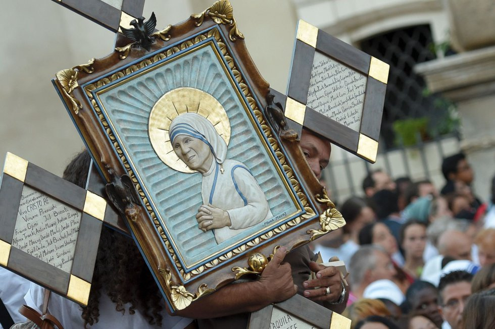 Papa Francisco exalta figura de Madre Teresa de Calcuta (+ fotos y audio)