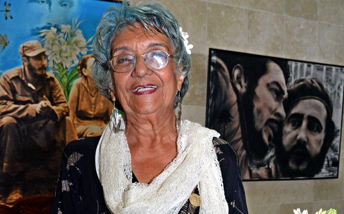 Se jubila la maestra que llamó maestro a Fidel