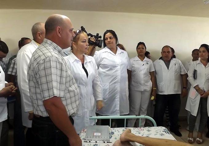 Insiste Ministro cubano de salud en extender cirugías de mínimo acceso