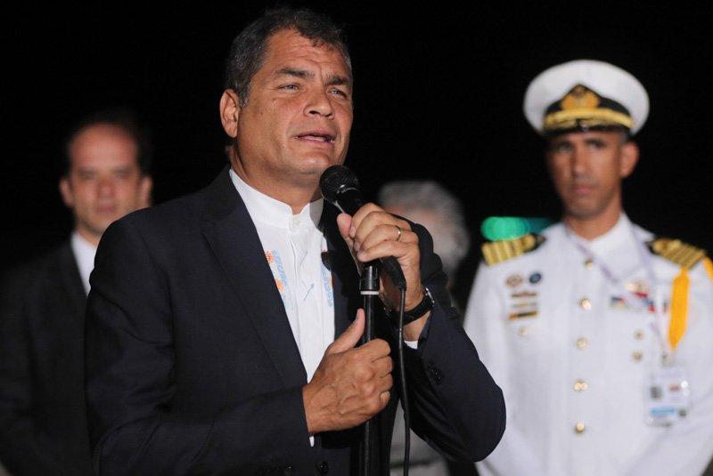 Correa insta a intentar cambiar orden mundial desde Cumbre del Mnoal