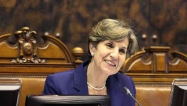 Isabel Allende reitera que aspirará a la presidencia de Chile