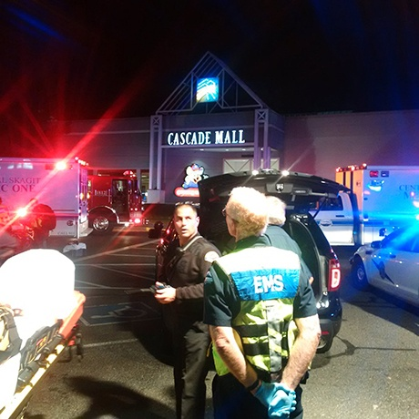 Tiroteo en el centro comercial Cascade Mall, de Burlington, en Washington