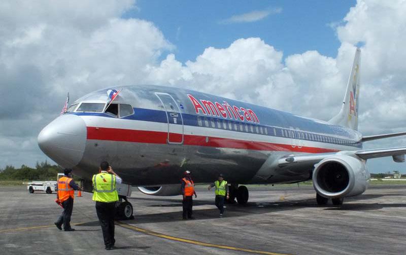 American Airlines inicia vuelos regulares EE.UU.-Holguín (+ fotos)