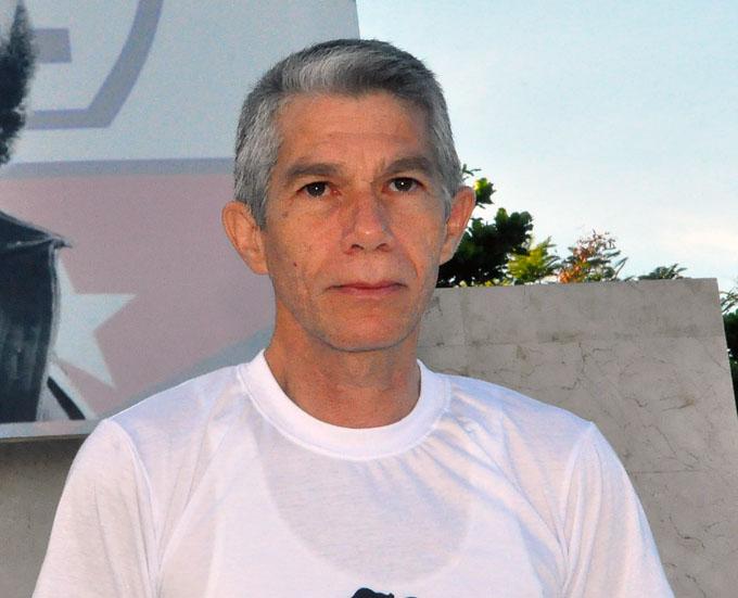 """""""Para mí es altamente significativo recibir el Premio del Barrio"""", dice el padre del Heberprot-p"""
