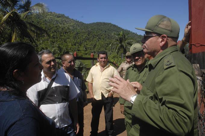 Reconocen  avances en granja estatal del EJT en Granma