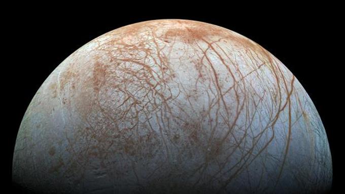 Telescopio Hubble capta actividad oceánica en luna Europa de Júpiter