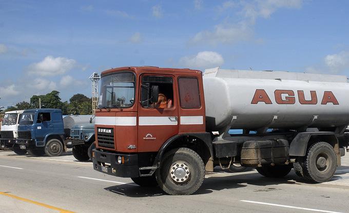 Movilizan medios y fuerzas para garantizar abasto de agua en Bayamo