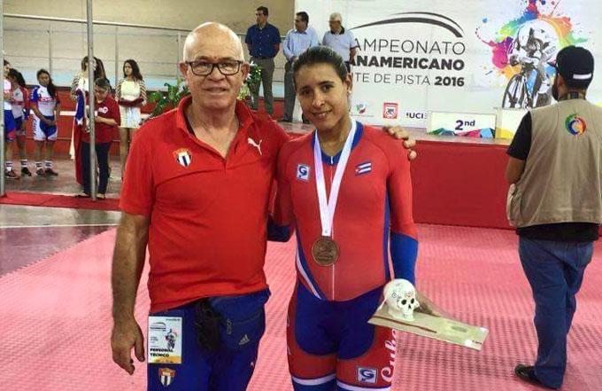 Arlenis Sierra gana plata en Panamericano de ciclismo, Mejías cerca del oro