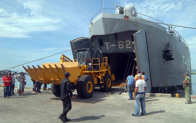 Reciben segundo buque de Venezuela para apoyar recuperación