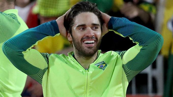 Brasileño Bruno Schmidt elegido mejor jugador del mundo de voleibol