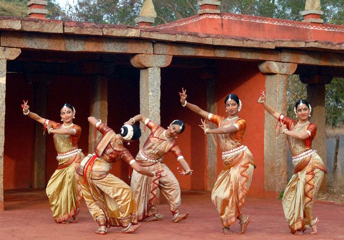 Danza clásica india llega a Festival de Ballet en Cuba gracias a cine